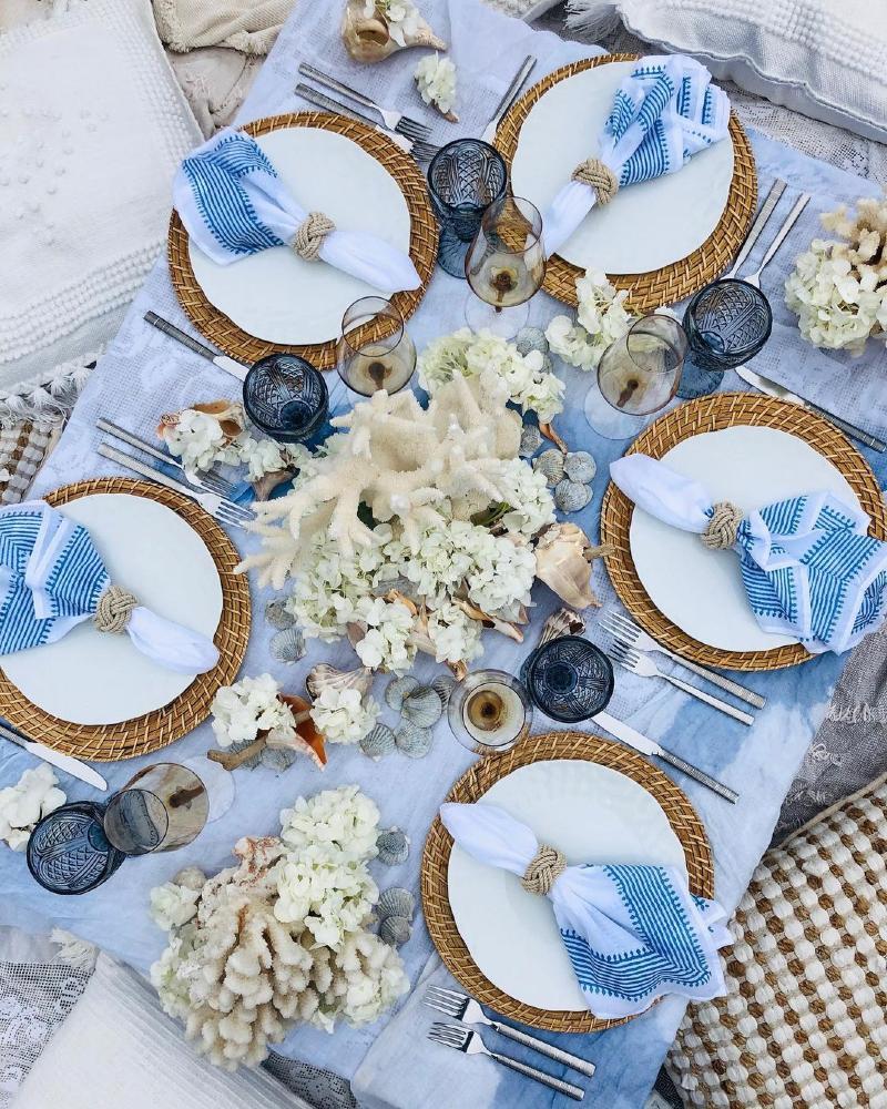 Boho hen party decoration floral table design